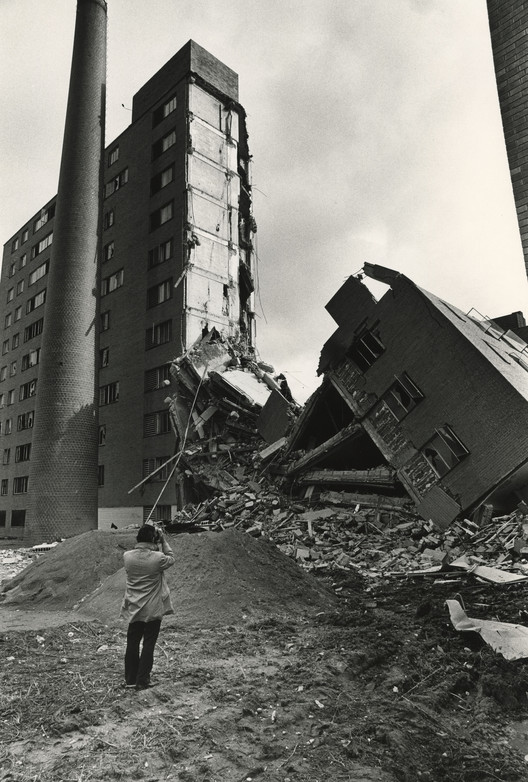 After two decades of crime and increasing maintenance issues, Pruitt-Igoe was ultimately demolished between 1972 and 1977. ImageVia pruitt-igoe.com