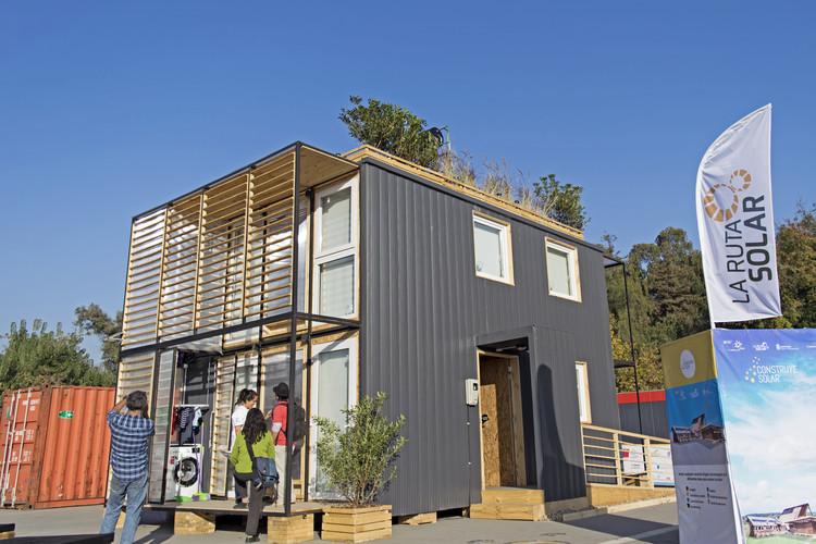 Casa S3 en la Villa Solar. Image © Construye Solar