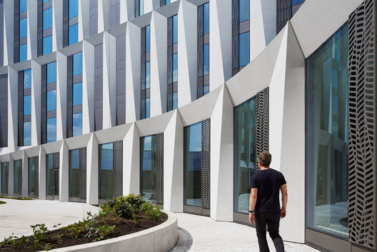 University of Chicago Campus North Residential Commons / Studio Gang. Image © Steve Hall | Hedrich Blessing
