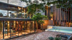 Hotel Criol  / Miguel Concha Arquitectura