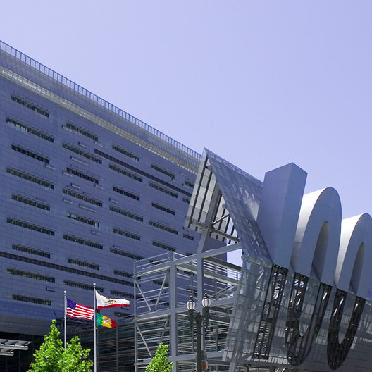 Caltrans District 7 Headquarters, 2004. Image © Liao Yusheng