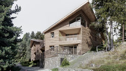 Twisted House S Vacation Apartments / bergmeisterwolf architekten