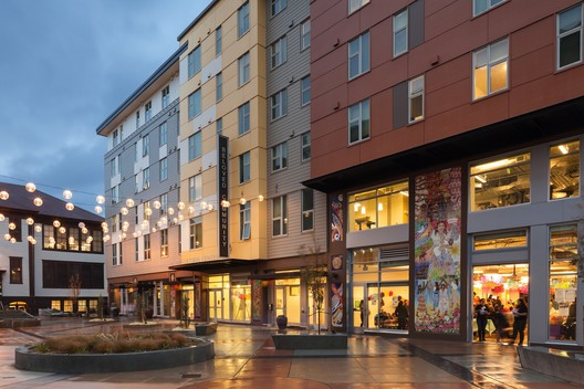 Plaza Roberto Maestas, Beloved Community; Seattle / SMR Architects. Image © William Wright Photography