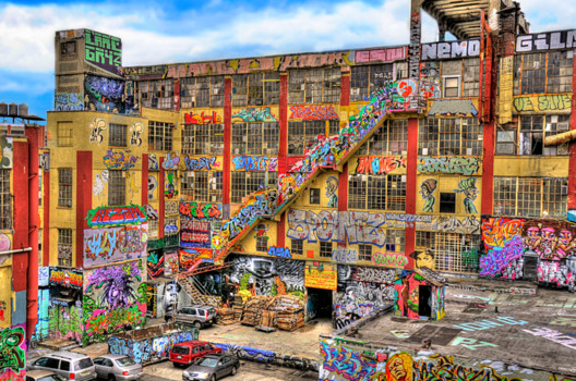 5 Pointz. Image © <a href='https://www.flickr.com/photos/34639903@N03/3423491692'>Flickr user iamNigelMorris</a> licensed under <a href='https://creativecommons.org/licenses/by/2.0/'>CC BY 2.0</a>
