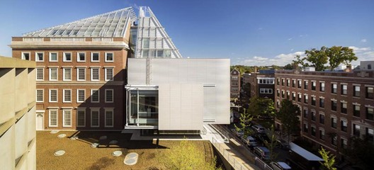 Harvard Art Museums Renovation and Expansion / Renzo Piano + Payette. Image © Nic Lehoux