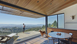Skyline House  / Terry & Terry Architecture