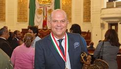 Javier Sordo Madaleno recibe la Medalla al Mérito en Ciencias y Arte en la categoría de Arquitectura