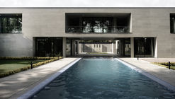 Villa-Safadasht / Kamran Heirati Architects