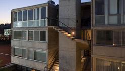 Edificio Virrey del Pino - 7 casas urbanas / R2b1 Estudio