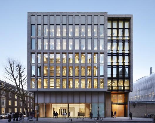 © Jack Hobhouse. ImageThe Bartlett School of Architecture / Hawkins\Brown