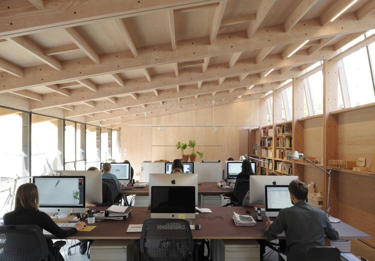 © David Grandorge. ImageFeilden Fowles' Studio / Feilden Fowles Architects