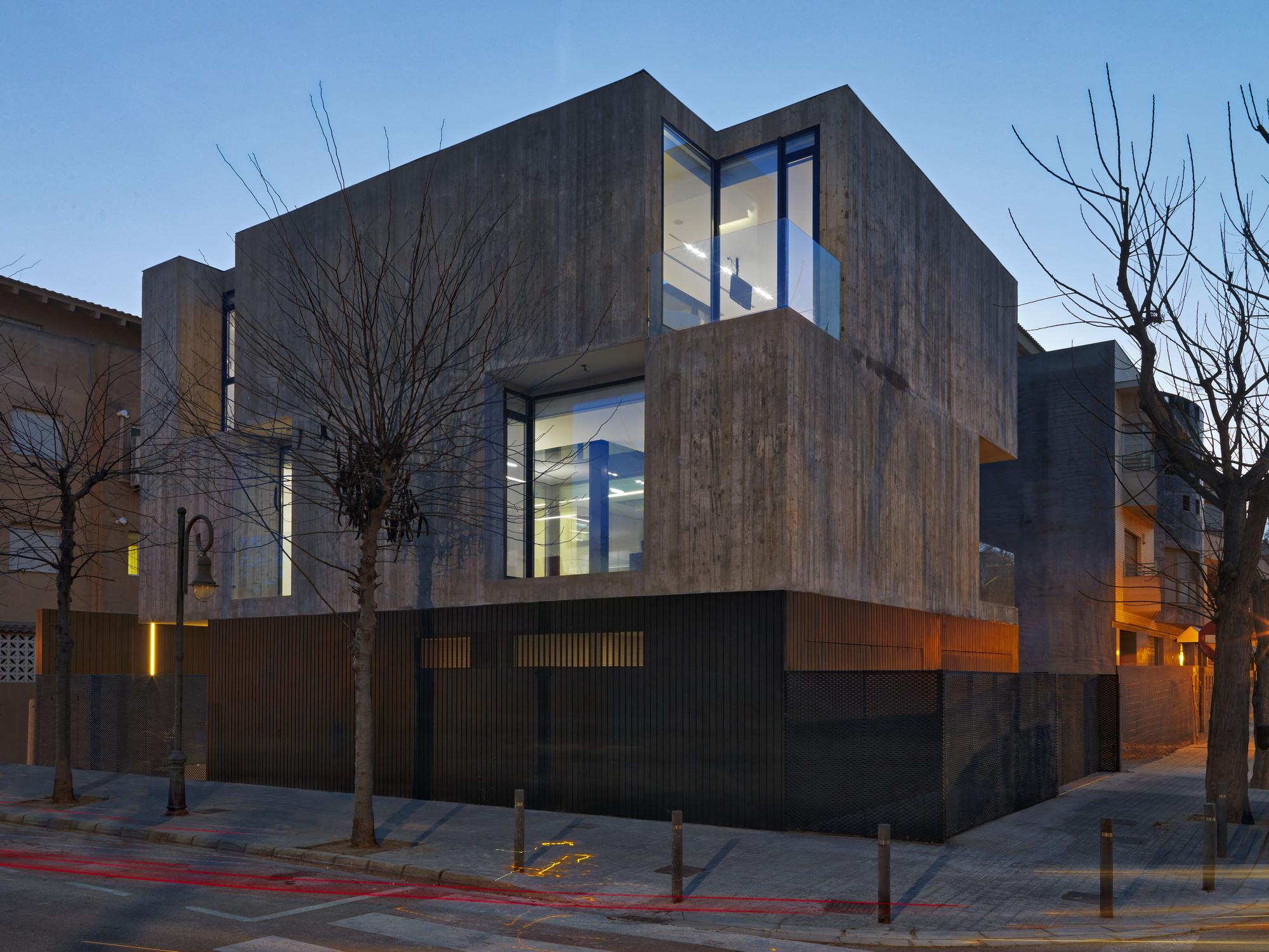 Casa concreto ruben muedra estudio de arquitectura for Casas de cemento