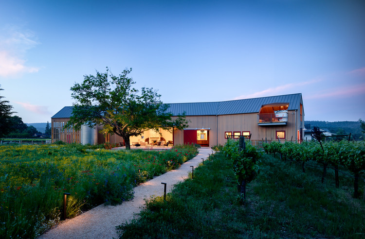 Napa barn anderson architects archdaily for Anderson architects