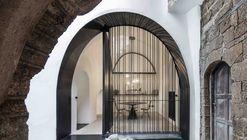 Cueva moderna / Pitsou Kedem Architects