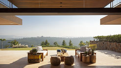 EZ Residence / Reinach Mendonça Arquitetos Associados