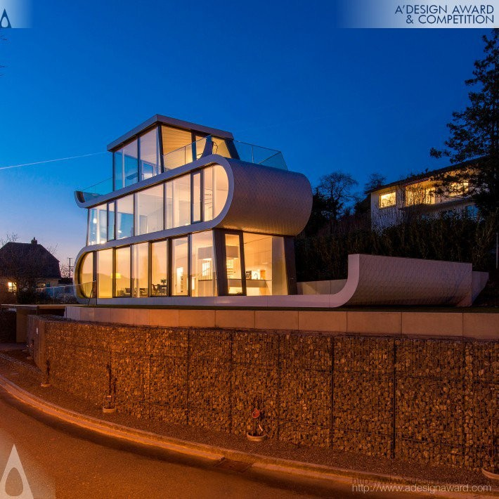 2017 A' Design Award Winners, Flexhouse by Evolution Design- Golden A' Architecture, Building and Structure Design Award in 2017. Image Courtesy of A' Design Award & Competition