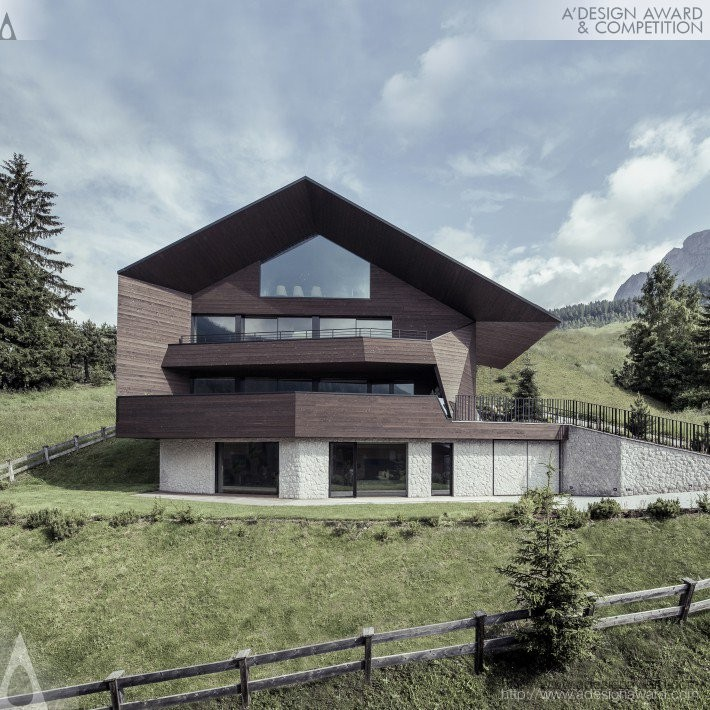 Black Eagle by Perathoner Architects- Platinum A' Architecture, Building and Structure Design Award in 2017. Image Courtesy of A' Design Award & Competition