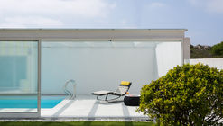 Apartamento Costa Nova  / GAVINHO Architecture & Interiors