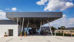 Centro de Treinamento e Atendimento ao Cliente VOLVO / Manoel Coelho Arquitetura e Design