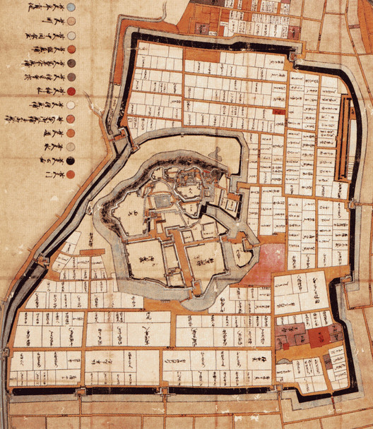 This map from the Himeji City Castle Laboratory Collection depicts the concentric lines of defense surrounding Himeji Castle. ImageCourtesy of Wikimedia user ブレイズマン (Public Domain)