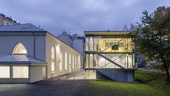 Extension of the Lycée Français and Renovation of the Studio Molière / Dietmar Feichtinger Architectes