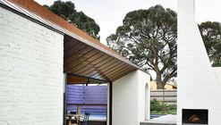 Deepdene House / Kennedy Nolan