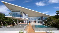 Indios Desnudos House / Cañas Arquitectos