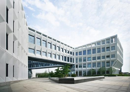 © LYCS Architecture. Main Entrance