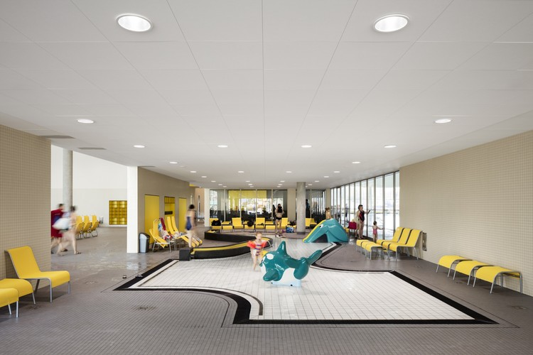 blu gmp architekten archdaily. Black Bedroom Furniture Sets. Home Design Ideas