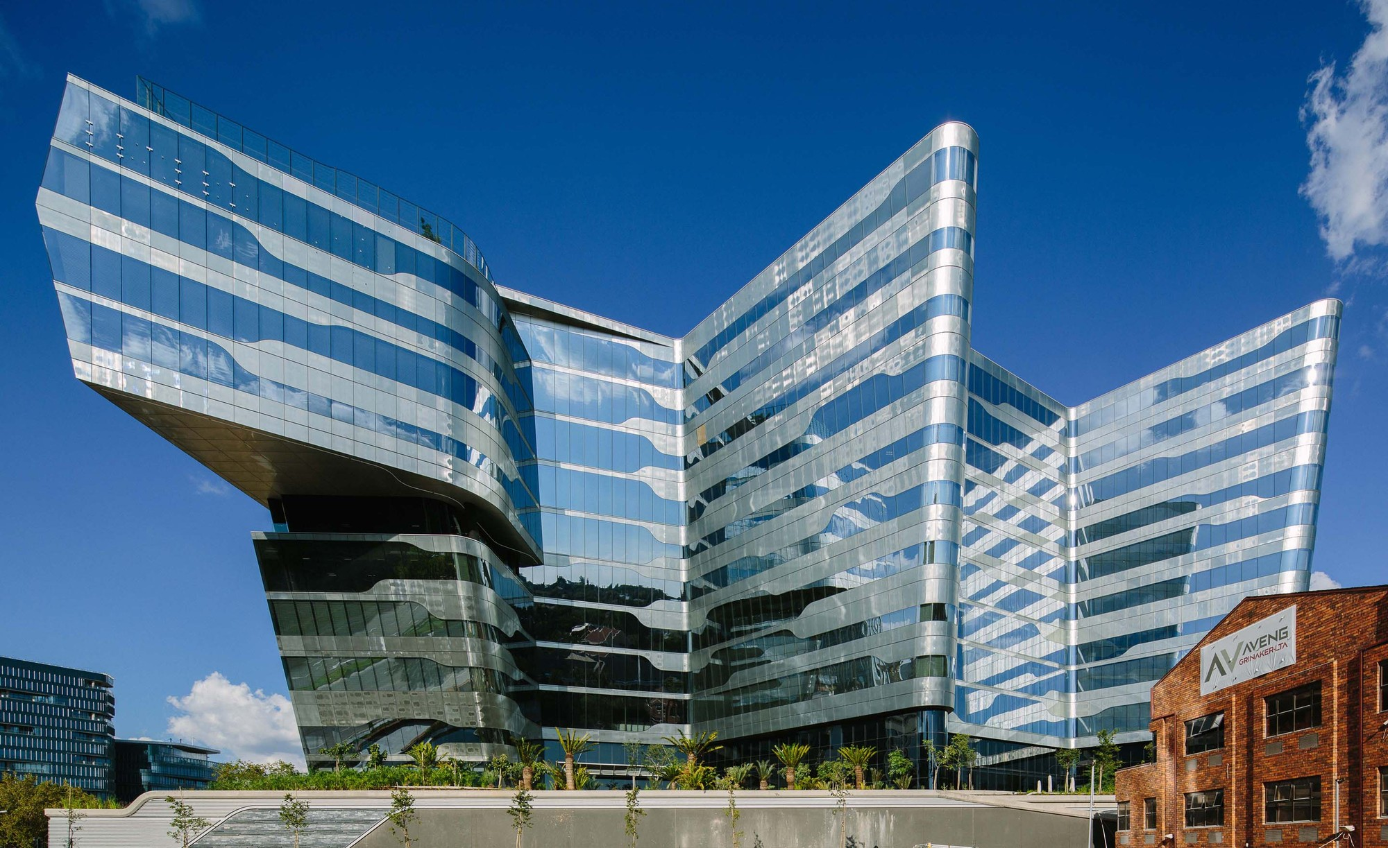 Sasol place paragon architects archdaily for Architecture buildings
