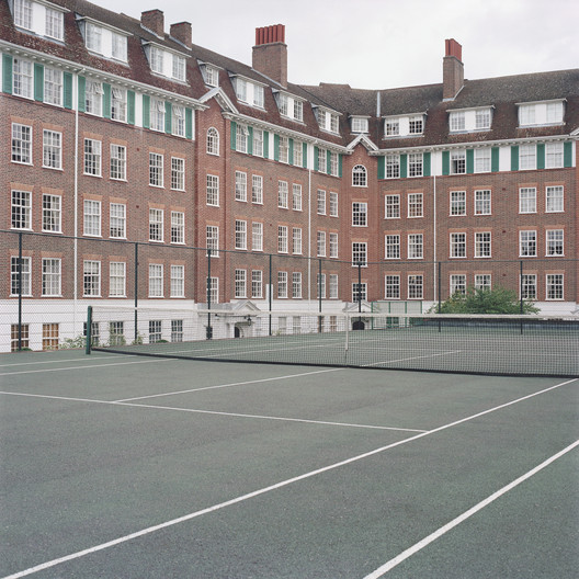 Courts 01. Image © Ward Roberts