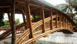 Bamboo Bridge in Indonesia Demonstrates Sustainable Alternatives for Infrastructure