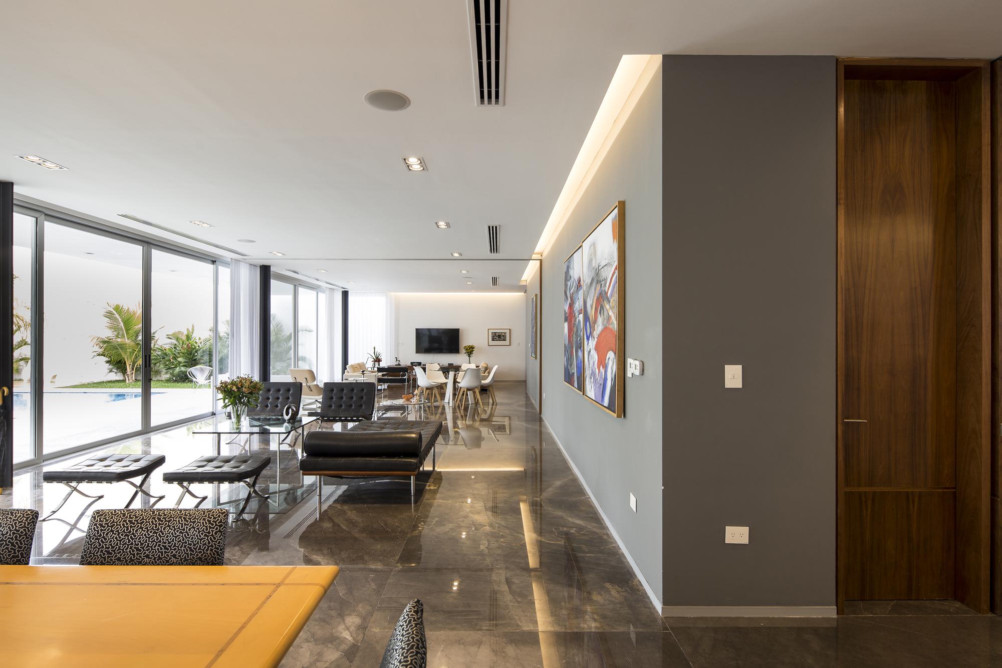 Galer a de casa ancha augusto quijano arquitectos 7 for Arquitectos para casas