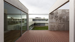 L Houses / Martín Aloras