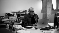 Carlos Quintáns: 'Hay demasiados magníficos arquitectos que lo están pasando fatal'