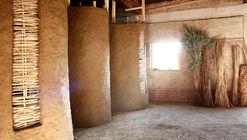 Workshop en Italia levanta estructuras en tierra para rescatar y visibilizar tradiciones constructivas