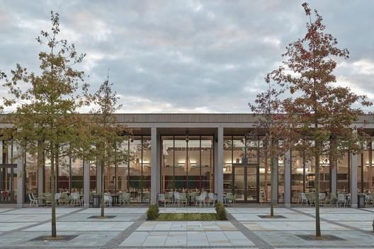 Remembrance Centre, National Memorial Arboretum / Glenn Howells Architects © Rob Parrish