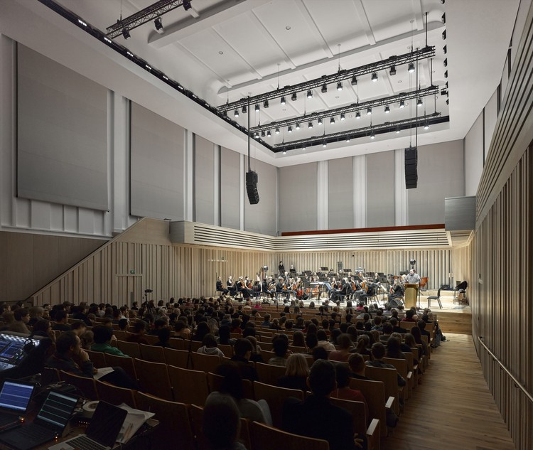 Chetham's School of Music - Stoller Hall / stephenson STUDIO © Daniel Hopkinson