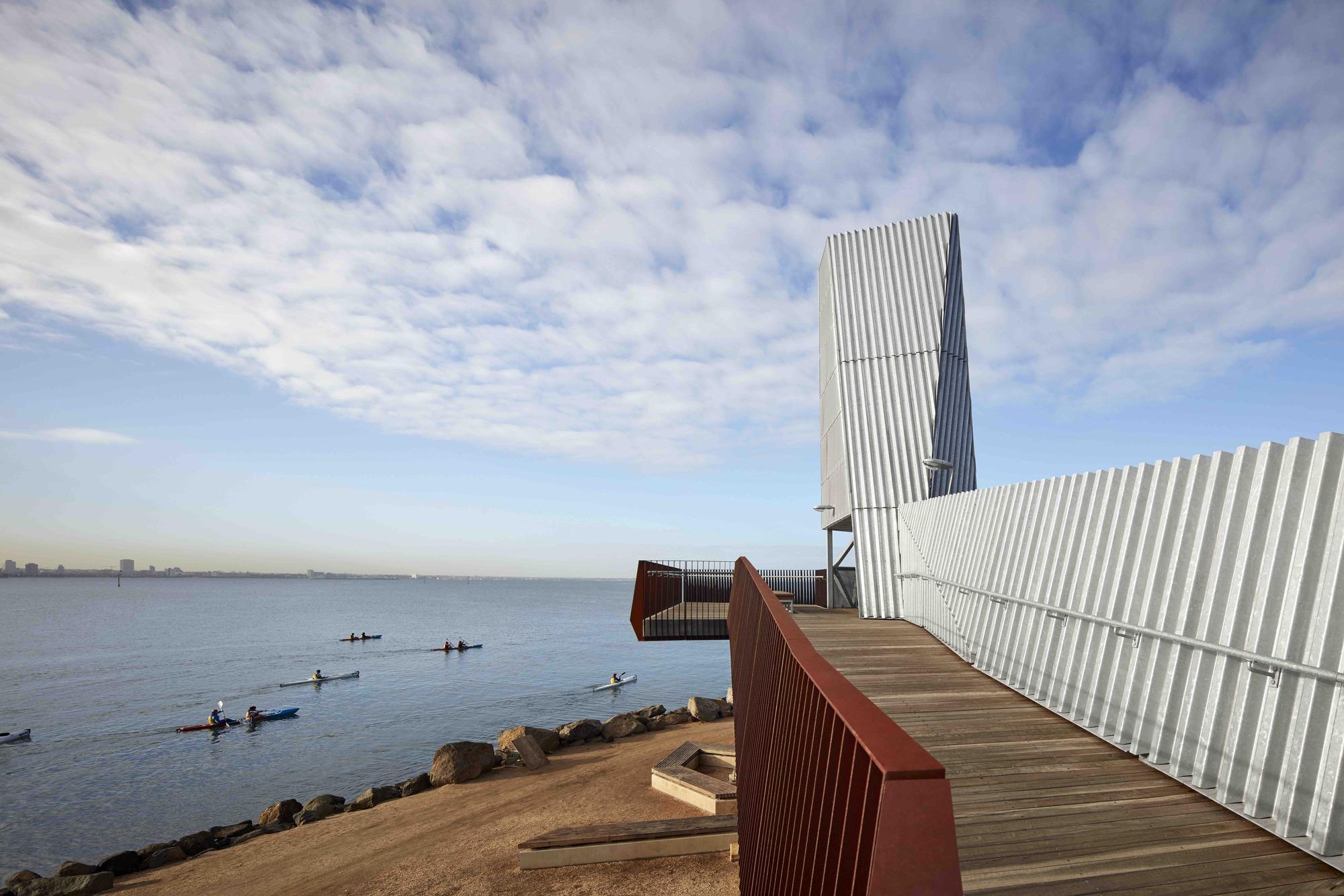 Gallery of sandridge lookout cox architecture 2 for Cox architecture