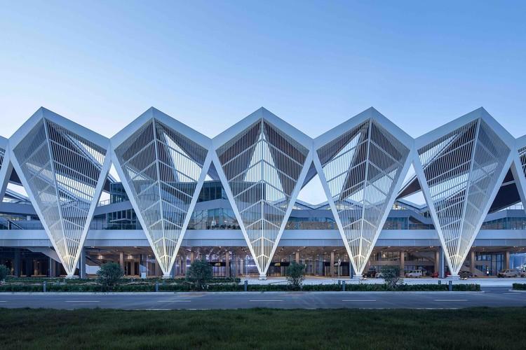 Qingdao Cruise Terminal / CCDI - Mozhao Studio & Jing Studio, Courtesy of CCDI