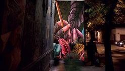 Galería Solar transforma la experiencia nocturna del arte urbano