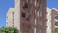 Edificio VV / Ciudad y arquitectura