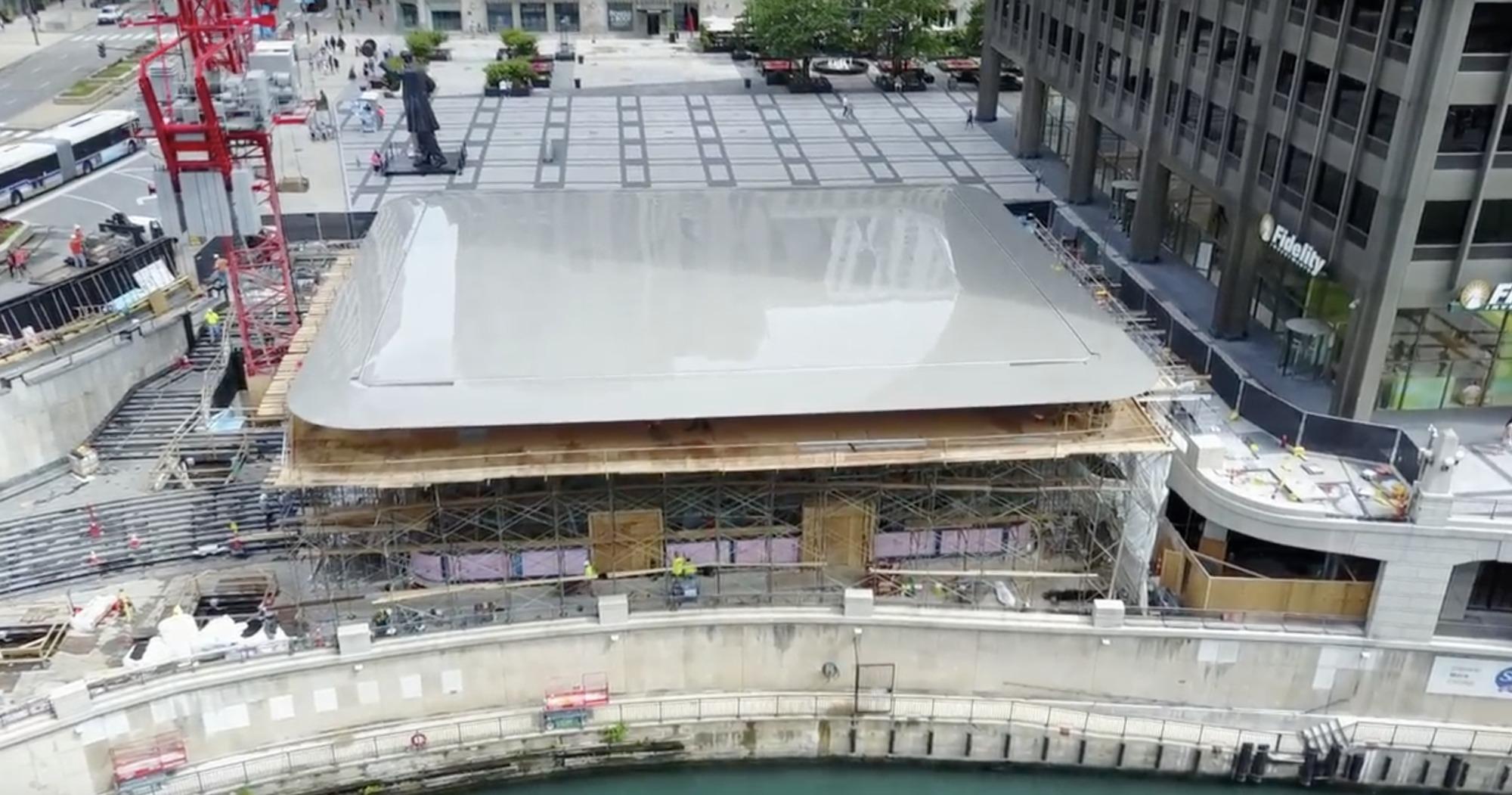 Chicago S New Apple Store Installs Giant Macbook Roof