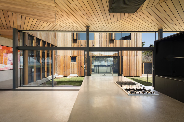 Sorrento Beach House / AM Architecture, © Dianna Snape