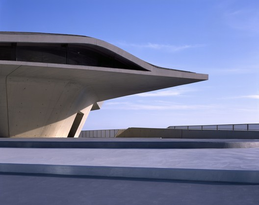Transport: Zaha Hadid Architects / Salerno Maritime Terminal. Image Courtesy of WAF
