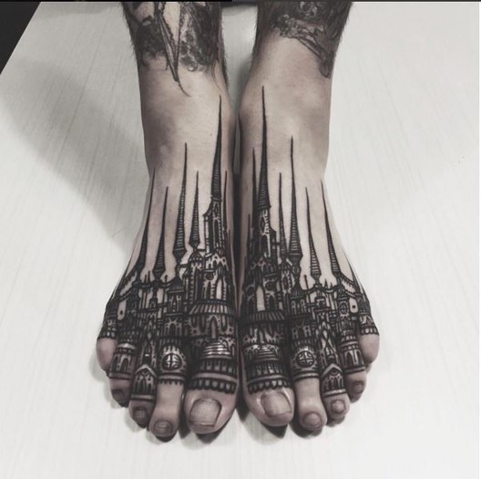 Tattoodo. <a href='https://br.pinterest.com/pin/313211349063995590/'>Via Pinterest</a>