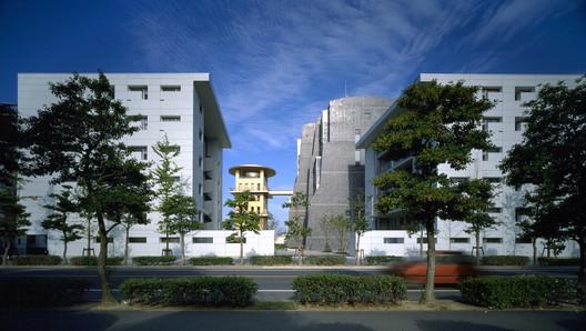 Nexus II Housing, Fukuoka, 1991. Image © Nicolas Borel