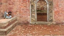"""Doors of Kathmandu"" Captures the Vital Social Spaces of Nepal's Capital City"