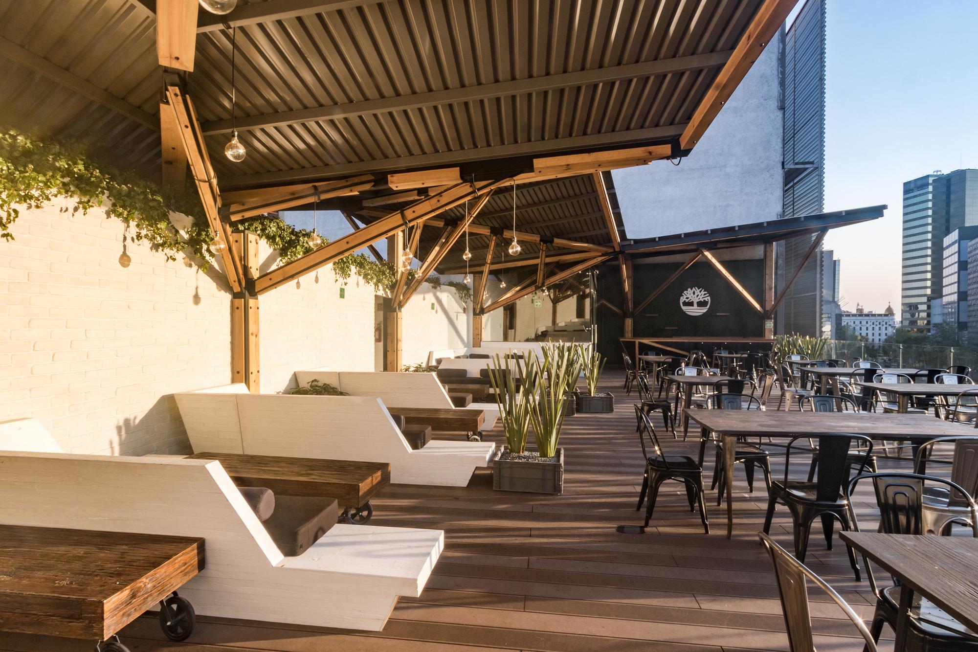Galer a de terraza timberland a 001 taller de for Sillones de aluminio para terraza