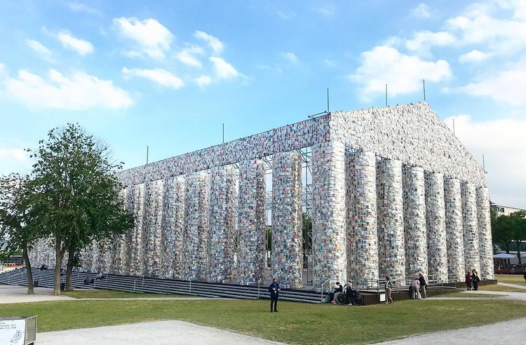"""Parthenon of Books"" Constructed from 100,000 Banned Books Rises at Nazi Book Burning Site in Germany, <a href='https://www.instagram.com/p/BVz8SkYBdFe/'>Via Instagram</a>"